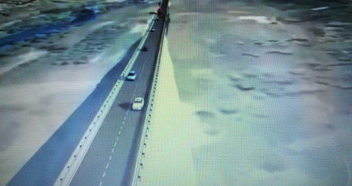 """zastrahovam.com Триизмерна визуализация на трасето на Лот 3.2 на АМ """"Струма"""": Крупник - Кресна с индикативна дължина (21 км)"""